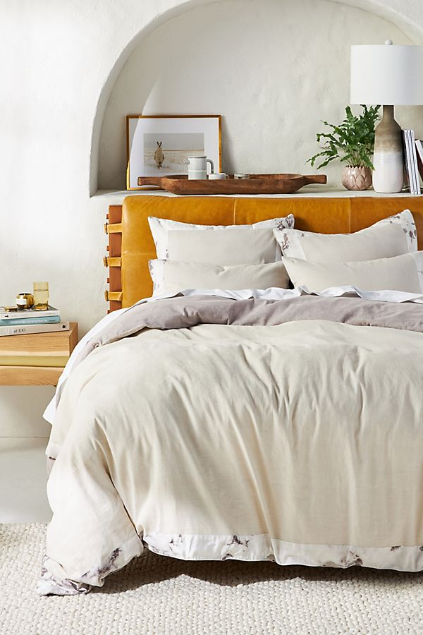 Slide View: 1: Flower-Dyed Alisha Duvet Cover