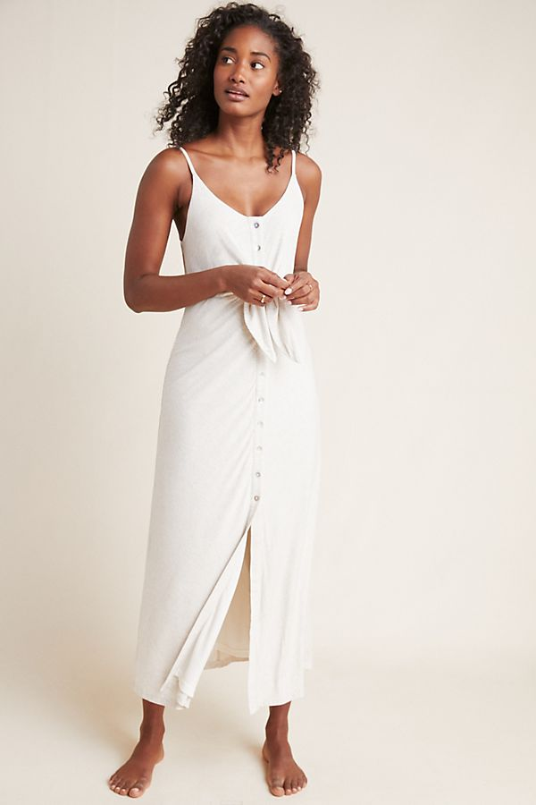 498287e6721e6 White Lion Buckle Side Boob Extreme Split Leg Maxi Dress Prettylittlething  Aus | 2019 trends | xoosha