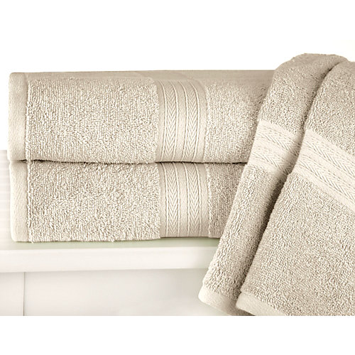 These super soft and absorbent bath towels by Palm Island are the perfect addition to any bathroom decor. Available in a wide variety of colors, ther