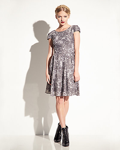ALLOVER LACE CAP SLEEVE DRESS GREY