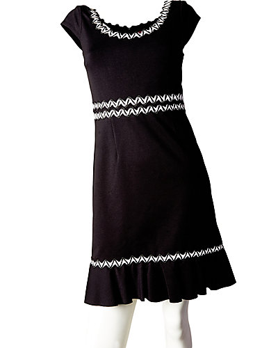 CAP SLEEVE DRESS WITH RUFFLE HEM BLACK WHITE
