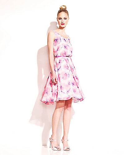 POPPY FLORAL DRESS WITH BELT PINK