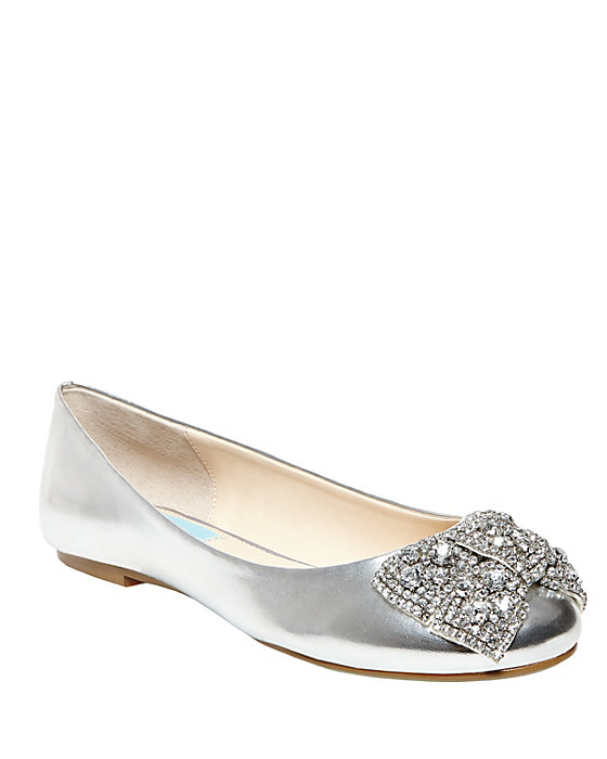 SB-EVER SILVER METALLIC $99.00 AT vintagedancer.com