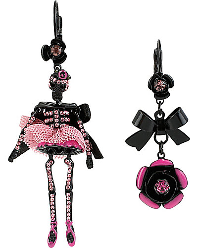 TERRIFIC TUTU SKELTON EARRING PINK