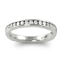 18K_White_Gold_Round_Channel_Set_Diamond_Band,_0.29_cttw