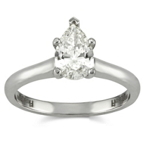 18K_Pear_Shape_Diamond_Engagement_Ring