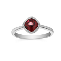 14K_White_Gold_Cushion_Checkerboard_Garnet_Ring,_6mm