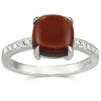 14K_White_Gold_Cabachon_Garnet_and_Round_Diamond_Ring