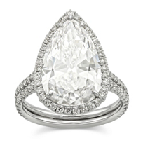 Platinum_Pear_Shape_Diamond_Ring_With_Round_Diamond_Frame,_5.83cttw