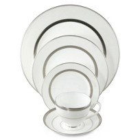 Waterford_Araglin_Platinum_Dinnerware_Retired