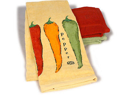 Calphalon 17x30-in. Kitchen Towel: Chili Peppers