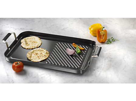 "Calphalon Everyday Nonstick 13"" x 18"" Grill and Griddle Combo"
