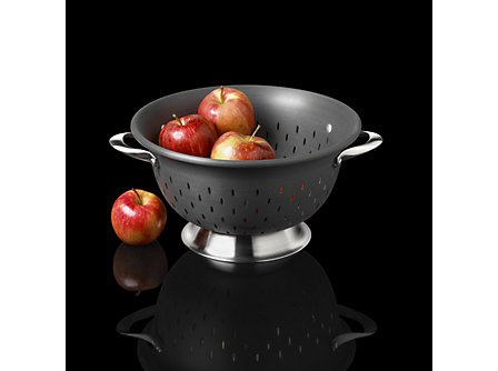 Calphalon Contemporary Nonstick Colander