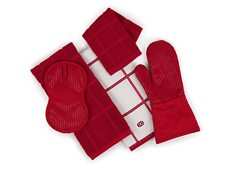 Calphalon 17x30-in. Terry Towel: Tomato Red Check