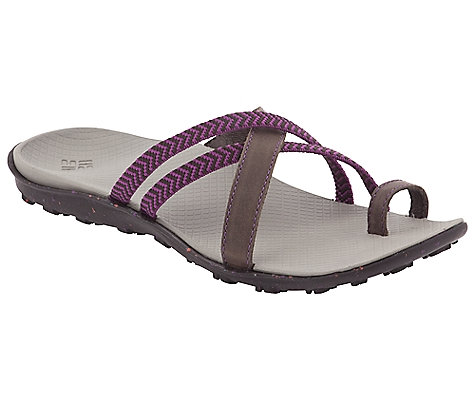 photo: Columbia Isla flip-flop