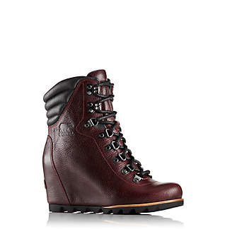 Women's Conquest™Wedge Lux Boot