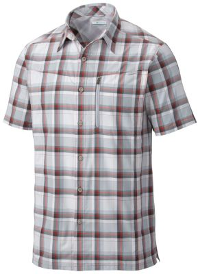 photo: Columbia Silver Ridge Plaid Short Sleeve Shirt hiking shirt