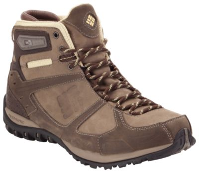photo: Columbia Yama Mid Leather OutDry