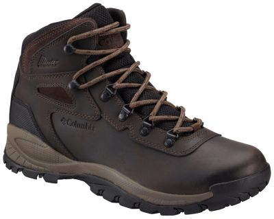 photo: Columbia Men's Newton Ridge Plus hiking boot