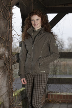 Horseware Rambo Ladies Perform Jacket Best Price