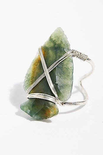 Coyote Crystal Arrowhead Ring