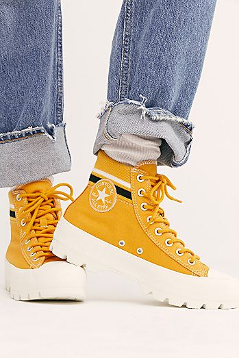 Chuck Taylor All Star Lugged Varsity Converse Sneakers