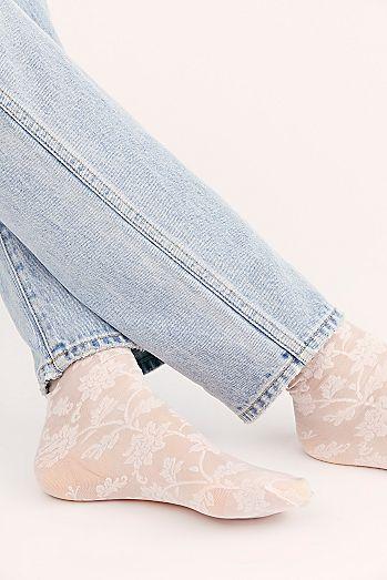 Lola Lace Socks