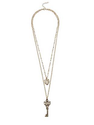Keep the key to your heart close with this romantically feminine necklace. The tiered design gives the illusion of layering, making it a must for the flirty fashion lover.