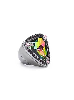 A radiant aurora borealis-colored stone and edge-driven hematite tone make this ring the ultimate statement accessory.