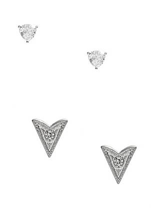 Give your fall style a trend-forward finish with this glamorous earring set. The arrow studs bring a western touch to casual daytime looks while the glistening rhinestones are perfect for a night out.