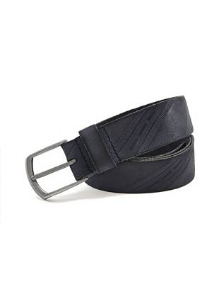 Made for the guy who values a classic look with added style, this belt features an embossed leather strap with a masculine harness buckle.
