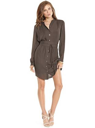 A shirt dress is the ultimate multitasking piece, and this lightweight style does not disappoint. The classic cut and radiant rose gold-tone buttons make it ideal for work meetings, happy hour, date night and beyond.
