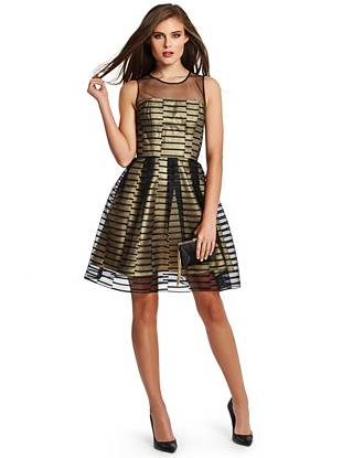 Lend elegant modernity to your evening-out looks with this incredibly striking fit-and-flare dress. A mesh neckline, linear pattern and gold-tone lamé lining deliver a contemporary update to an otherwise practical silhouette.