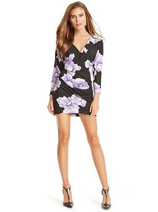 Floral like you've never seen it before… This dress is your new day-to-night power piece. The lightweight design and flattering shirred details create the perfect blend of femininity and sophistication.