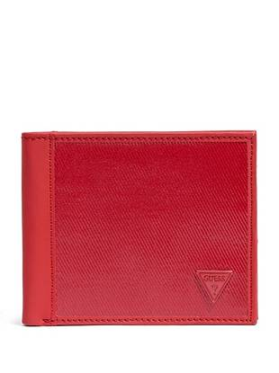 High-shine coating and matte faux leather give this monochromatic billfold a fresh twist. Slip it into your pocket to instantly modernize your on-trend style.