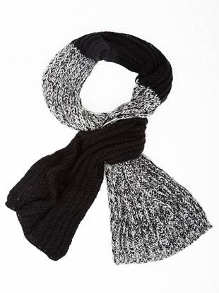 A great gift for the style-conscious guy, this scarf is exactly what his cold-weather looks are missing. Heavyweight knit provides extra warmth and the color-blocked design gives it a modern look.