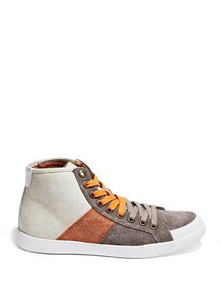 Take a fresh approach to the color-blocking trend by rocking these rugged canvas sneakers. The high-top design brings modern appeal to the casual-cool style.