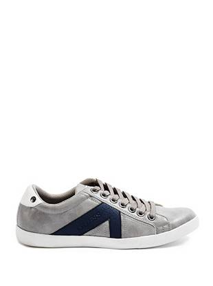guess s casual shoes
