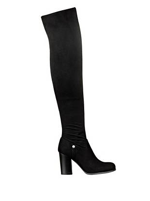 Online Exclusive Versatility at its best, these high-heeled boots are a must-own for the girl who values both fashion and function. A foldable shaft lets you wear it three different ways to go with every look.