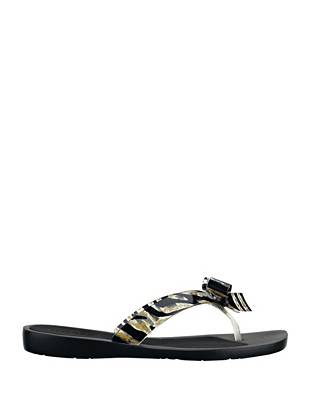 The classic flip-flop gets a glamorous makeover for the warm-weather seasons.