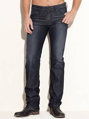Made with medium-weight indigo denim and cut in our most popular slim fit, these jeans are a must for every guy. Featuring a low rise and straight leg opening, they're washed to our signature dark shade that's easy to dress up or down. The 3D whisker patterns and soft hand-sanding create a slightly worn-in look to keep you stylishly casual. ?