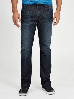 Made with medium-weight indigo denim and cut in our most popular slim fit, these jeans are a must for every guy. Featuring a low rise and straight leg opening, they're washed to our signature dark shade that's easy to dress up or down. The 3D whisker patterns and soft hand-sanding create a slightly worn-in look to keep you stylishly casual.