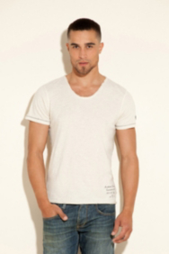Leon Slit Scoop-Neck Tee