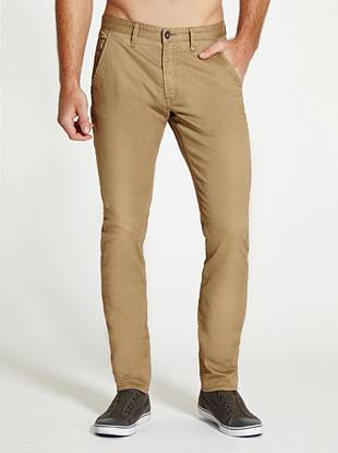 Work some timeless style into your wardrobe with these smart chino pants. Easy-to-wear stretch twill and a modern slim-tapered fit create a look that's perfect for dressing up or down.
