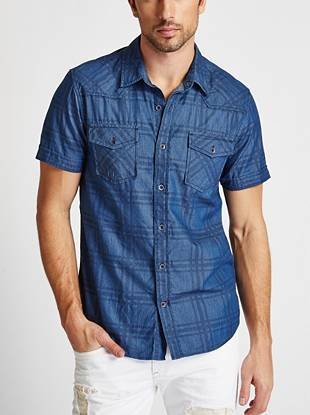 Constructed from ultra-soft chambray and updated with a subtle plaid pattern, this style offers a non-traditional take on classic denim. A pieced yoke and worn-in vibe adds trend-focused appeal that's sure to impress.