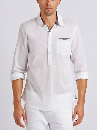 Lightweight and put-together, this popover is exactly what your summer style needs. A subtle crosshatch texture and striped trim make it perfect for dressing up or down.