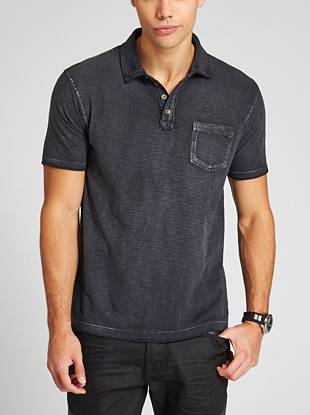 An allover slub-knit and a typographic logo—this easy polo is perfect for summer.