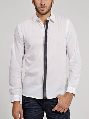 This simple button down features a modern faux-leather placket, making it perfect for a night out.