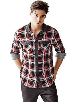 A flannel shirt is the ultimate closet staple, and this soft plaid style is just what you need. Wear it buttoned for a put-together look or open and layered for a more laid-back vibe.