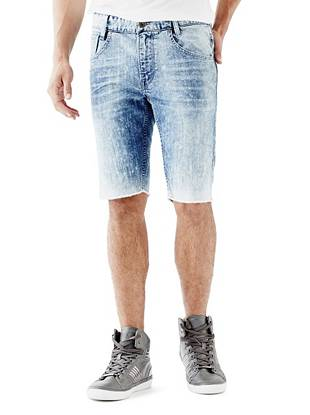 WHY YOU NEED IT: A new way to wear your favorite Slim Taper fit, these denim shorts are an essential for off-duty days. They're slim through the hip and thigh and taper at the knee for a modern, close-cut look. Finished with an edge-driven acid wash and frayed hem, they channel the season's rocker vibe and are great for slim and straight builds.